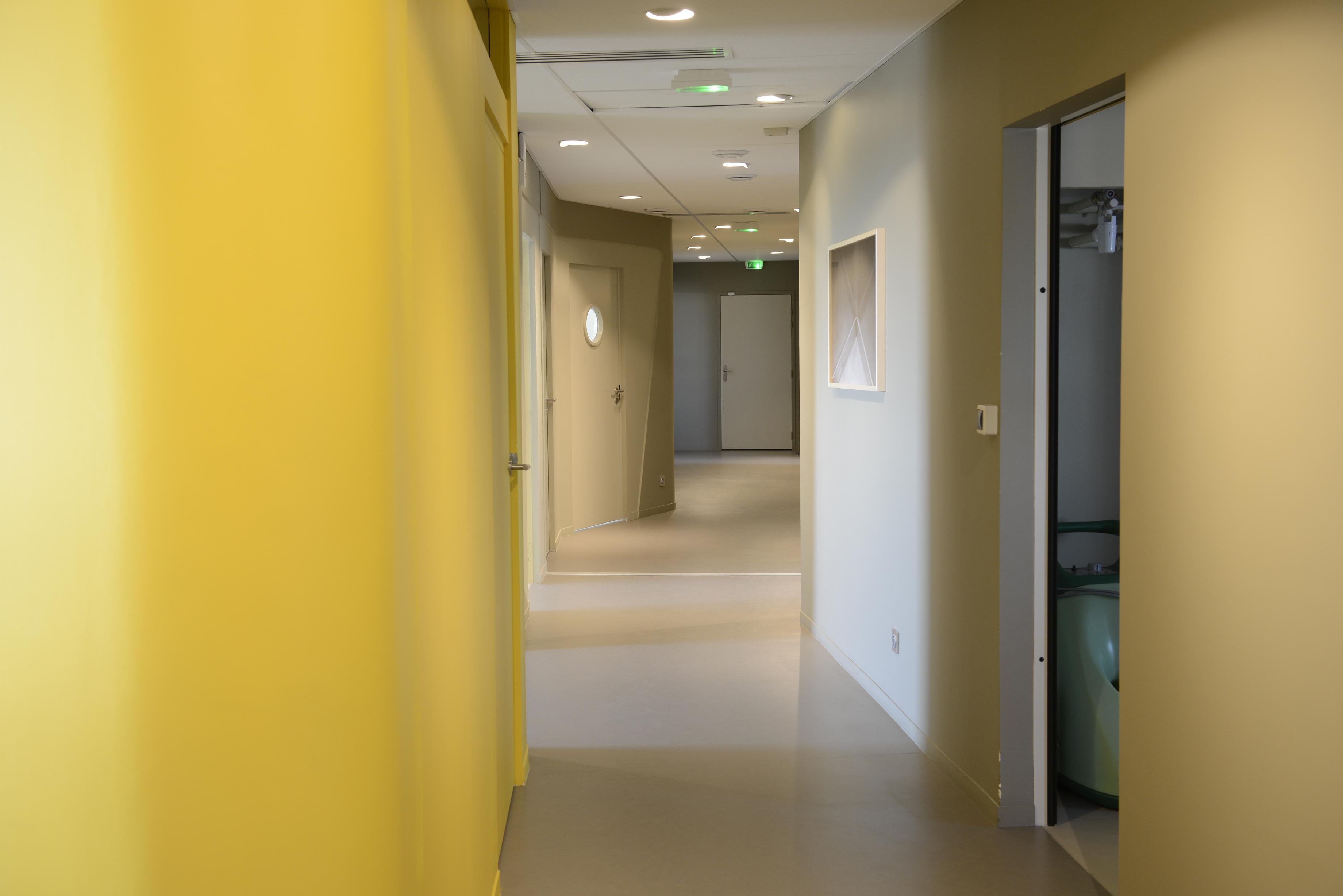 dentiste villefranche sur sa ne cabinet dentaire du dr minassian. Black Bedroom Furniture Sets. Home Design Ideas